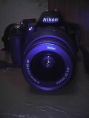 Продаю профисиональный фотоаппарат Nikon D3100kit, продаю за 16000 вмес