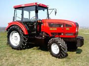 Колесный трактор МТЗ 921