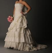 Королевское платье Элизабет с кружевом. Туфли,  аксессуары