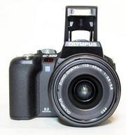 Продам  зеркальный фотоаппарат  Olimpus E-500.